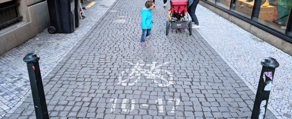 Прага. Внимание к деталям — покрытие тротуаров